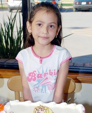 Mayté Fregoso Rodríguez cumplió seis años de vida y lo celebró con un convivio.