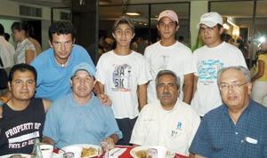 Héctor Sifuentes, Alberto Castellanos, Carlos Orozco, Ángel Agüero, Hassan Chaúl, Hipólito Ibarra, Héctor Sifuentes Jr. y Armando Sánchez.