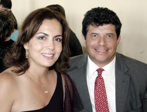 <b>01 de octubre de 2005</b><p> Teresa de Díaz y Aldo Díaz.