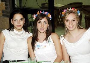 Blanca Maía de la Torre, Marcela Silva y Alicia Herrera.