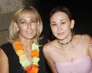 Lourdes A. de Gutiérrez y Lorena G. de Villapando.