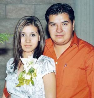 Norma Elizabeth Estevané Mora y Julián Alfonso Tovalín Luévano.