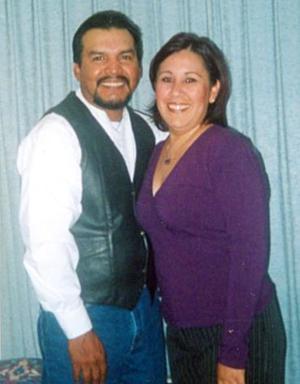 <b>01 de octubre 2005</b><p>  Roy Cruz y Gabriela Guerrero Rangel unirán hoy sus vidas en sagrado matrimonio.