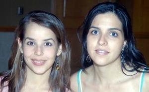 Claudia de Garza y Ana Claudia de Regueiro.