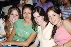 Isabel M. Marcela Rodríguez, Mariana Flores e Isabel Negrete.