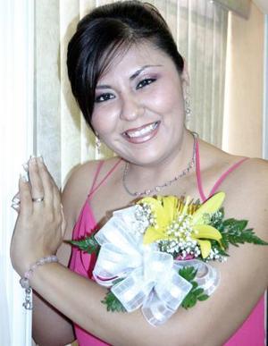 Lupita García López, captada el día de su despedida de soltera.