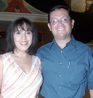 María Elena Medina y Pedro Limón.