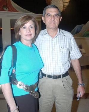 Nury de Murra y Eduardo Murra.