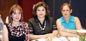 Lupita Robles, Marylú  de Blackaller y Gaby de Ramos.