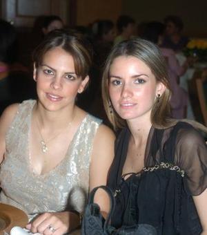 Velia Martínez y Regina Madero.