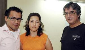 Elías Kury, Graciela Álvarez y Armando Monsiváis.