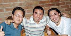 <b>02 de octubre de 2005</b><p> Jorge Rosales, Javier Nava y Miguel Rodríguez