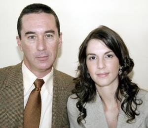 Eduardo Allegre y Vanessa Treviño.