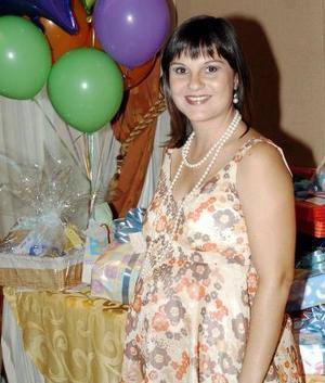 Charmaine Villalobos de Meza.