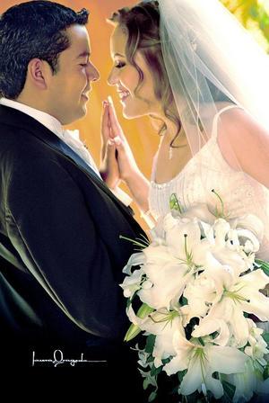 L.D.Isaías Pereyra Mayoral y L.D.G.Haydeé Viviana García Pérez contrajeron matrimonio el pasado 20 de agosto en la parroquia de Los Ángeles.