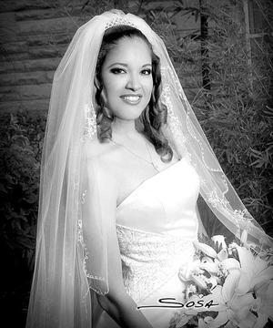 Srita. Angelina Gutiérrez Esparza, el día de su enlace matrimonial con el Lic. Irving Flores Ochoa.