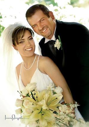Sr. Antonio Calleja Escandón y Srita. Anna Teresa Diz Jiménez contrajeron matrimonio el pasado 20 de agosto en la parroquia Los Ángeles