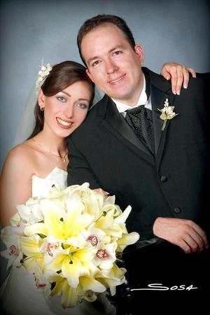 Sr. José Luis Salinas Reveles y Srita. Velina Murra Kanahuati, celebraron su matrimonio religioso el pasado 27 de agosto.