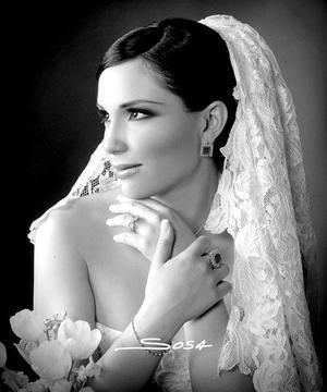 Srita. Karla María Corrales Elizondo el día de su enlace matrimonial con el Sr. Rogelio de Jesús Braña Barrera.