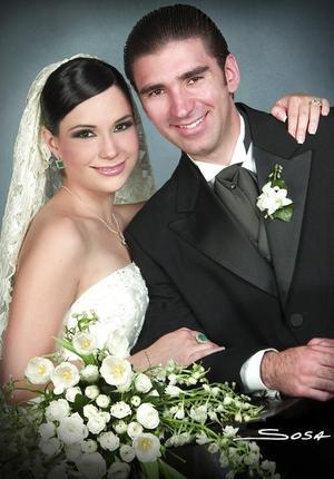 Sr. Rogelio de Jesús Braña Barrera y Srita. Karla María Corrales Elizondo contrajeron matrimonio religioso el pasado 29 de julio