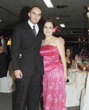 <b>06 de octubre 2005</b><p> Alberto Piña y Daniela Díaz Flores.