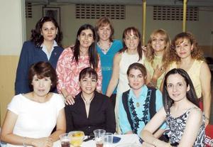 <B>05 de octubre 2005</b><p> Marisa Nogueira, Tatiana Jacamán, Lupita Cuéllar, Mary Tere, Lucía de Ramos, Carolina González, Diana Jiménez, Patricia Aguilera y Mónica Otero.