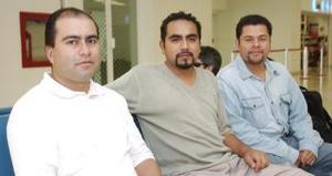 Everardo Martínez, Alberto Méndez y Miguel Ángel Hernández llegaron al DF.