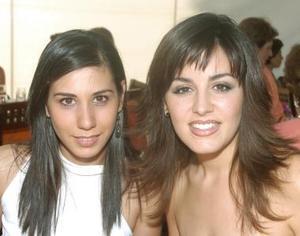 Celina Barrientos y Elena Siller.
