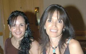 <b>08 de octubre de 2005</b><p> Laura de Hernández y Rebeca Castro Márquez.