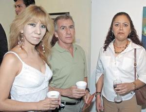 Dora  Alicia Pulido, Adolfo Meraz y Rosario Puentes..
