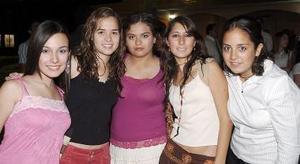 Daniela, María, Daniela R., Ángela y Noella.