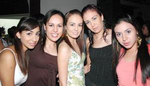 Gilda, Ángela, Mara, Malú y Giovanna, captadas recientemente.