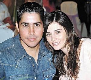Alejandro Safa y Mónica Siller.
