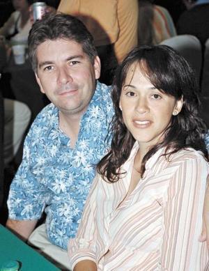 Alberto y Marissa Dueñes.