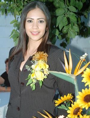 <B>11 de octubre de 2005</b><p> Alejandra Tamayo Haro fue despedida de su vida de soltera, con motivo de su próximo enlace nupcial con Carlos Alebrto Trigo Escamilla.