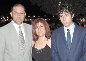 Gonzálo Pérez Gómez, Blanca de Pérez Gómez y Gonzalo Pérez Gómez Farías.