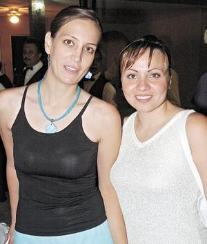 Leyla Fahur y Alma de Fahur.