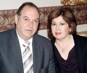<b>11 de octubre 2005</b><p> Gerardo y Guadalupe Murra.