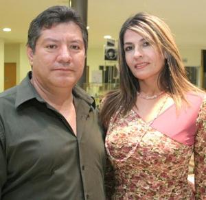 Sergio Pinto Díaz y Adriana de Pinto Díaz.