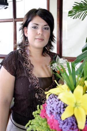 Diana Elizabeth García Enríquez contraerá matrimonio el próximo cinco de noviembre con Ricardo Salazar Hermosillo, y por ello disfrutó de un agradable convivio