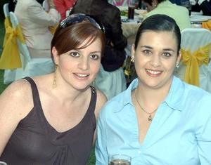 Lily y Natalia Fernández.