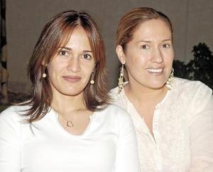 Nely Meléndez de López Willy y Marcela Palacios.