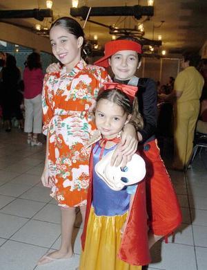 Isabel y Constanza Echevarrieta Reyes e Isabela Quintero.