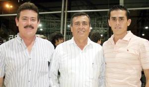 Jorge Monroy, Ángel Cepeda y Luis David Cepeda en una reunión hace unos días.