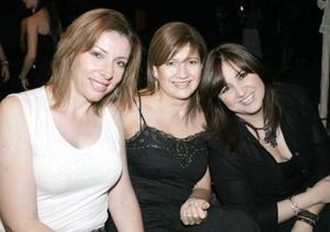Lorena Rodríguez, Lourdes Alvarado y Laura Ramírez Porra.