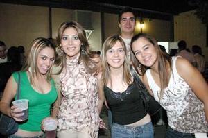 Jeny Farías, Ileana Carrillo, Cristina Arroyo, Begoña Esparza y eduardo Benítez.