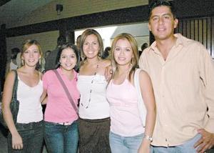 Kiara Carreón Nadia ,Barbachano, Diana Rivera, Diana Chávez y Rafa Ríos.