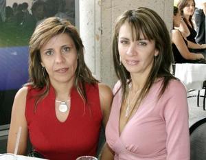 Ana Cristina García y Vero García.