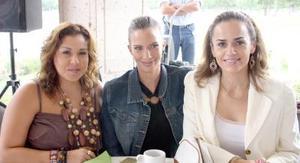 Lizeth Safa, Susana Burillo y Angélica Gallegos.