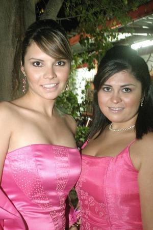 Alejandra Martínez y Cynthia Román.